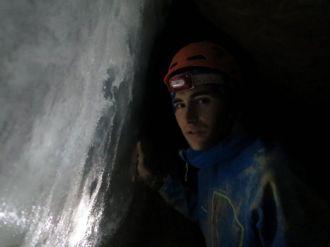 V ľadovej jaskyni