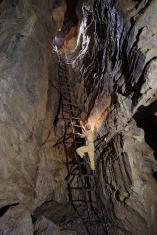 Najdlhší drevený rebrík na Krakovej holi foto J. Stankovič