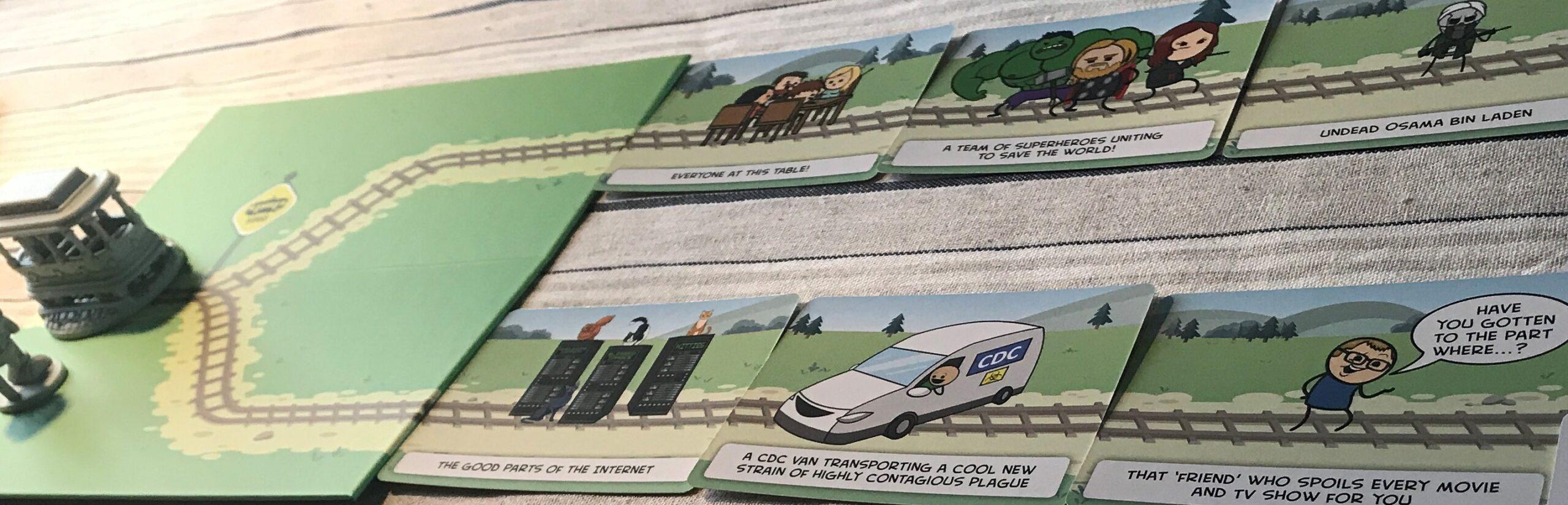 Närbild på spelplanen och några av korten