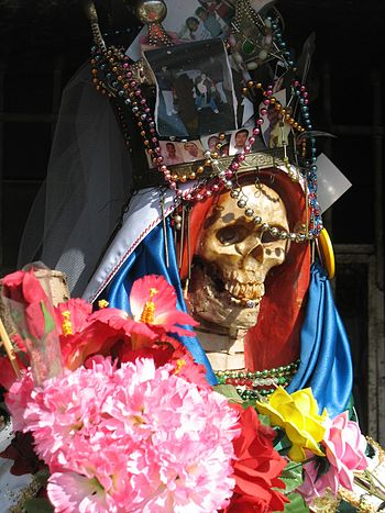 English: Close-up view of a Santa Muerte south...