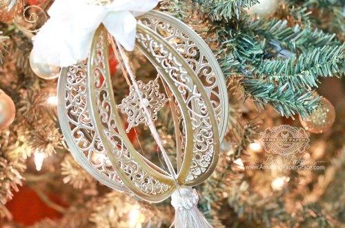 Diecut Ornament Series: Bella Rose Lattice Frame Ornament by Becca Feeken for Spellbinders #diecutting #spellbinders