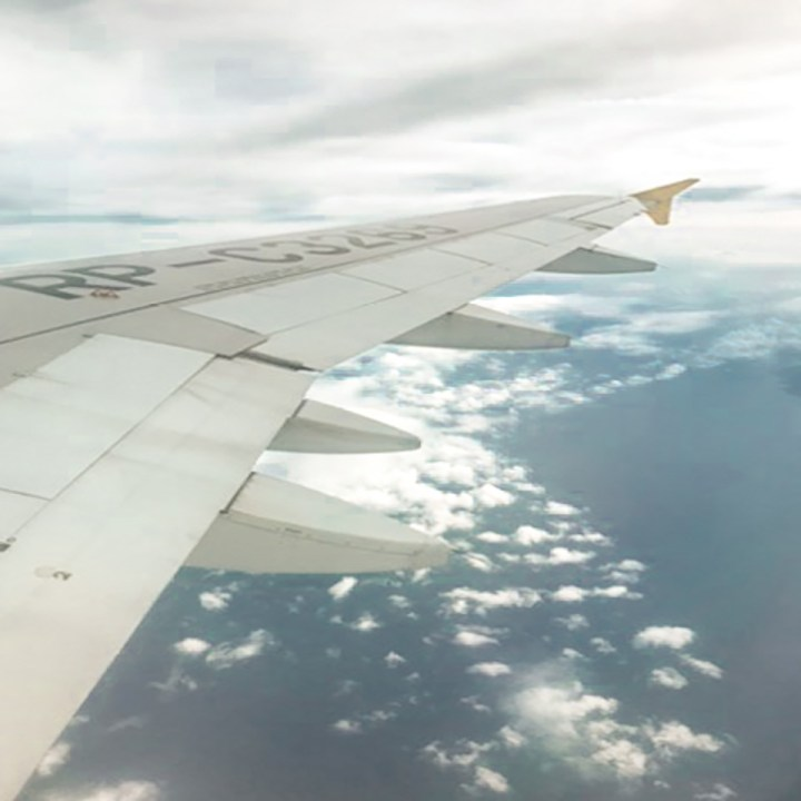 Backpacker's Guide to Surviving Long Haul Flights