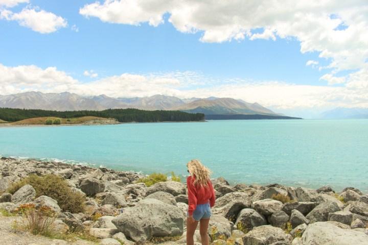 lake pukaki new zealand spellbound travels