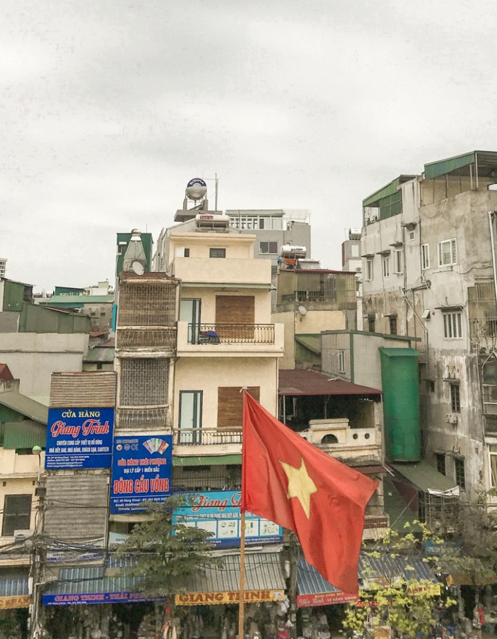 spellbound travels hanoi market