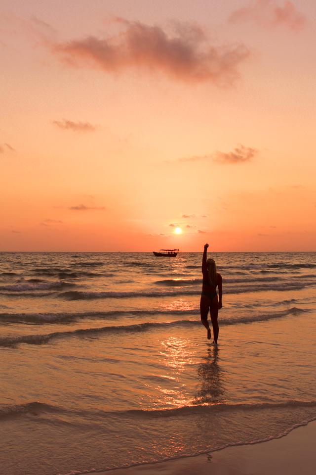 spellbound travels beach silhouette