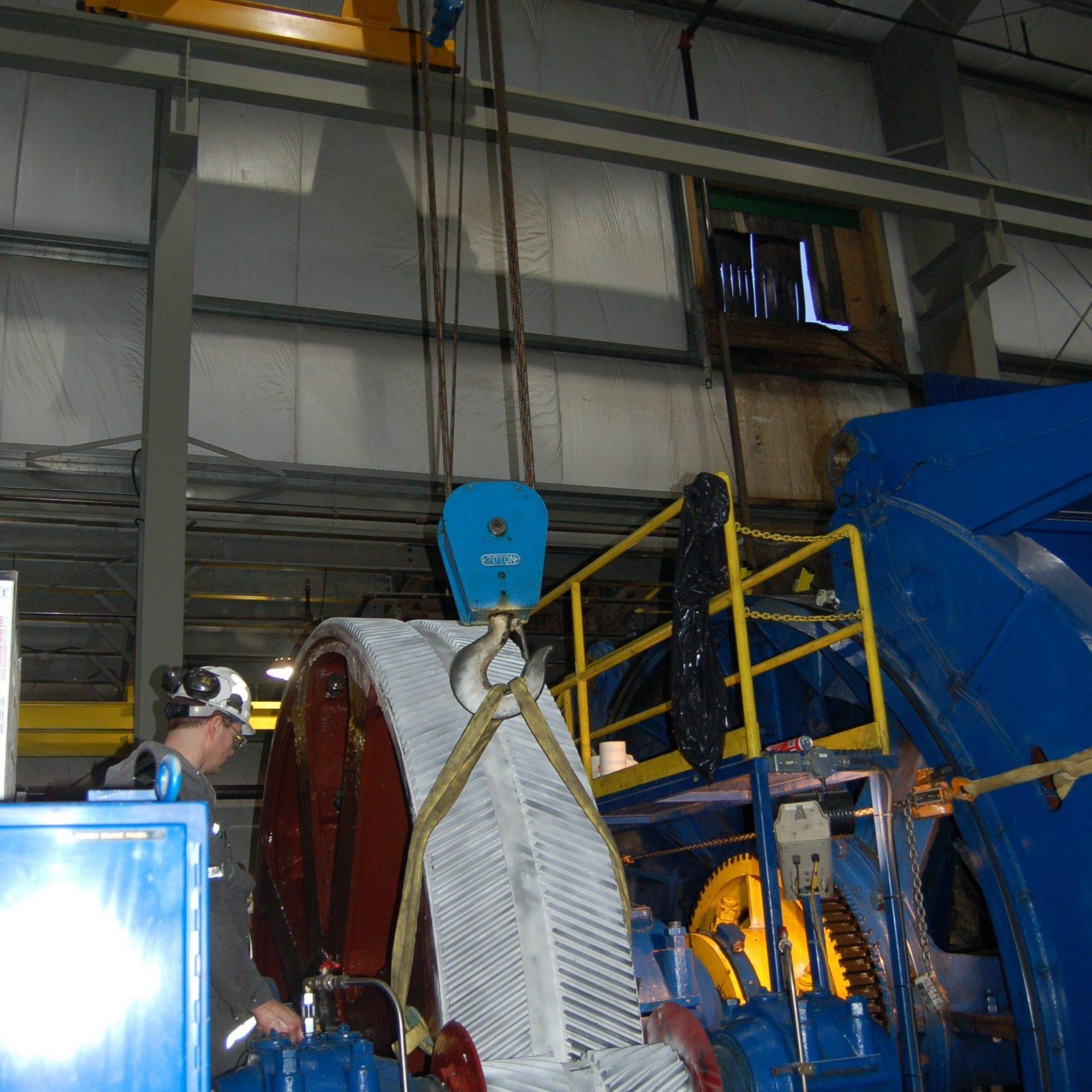 Mine hoist bull gear inspection