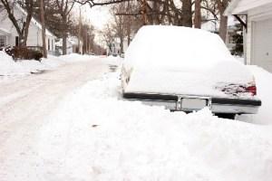 car-snowed-in