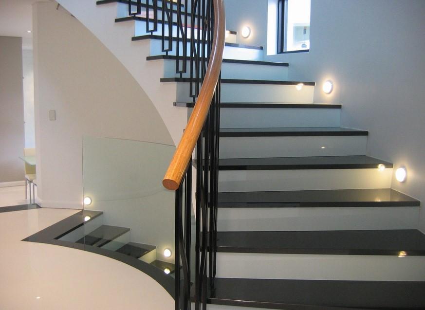 يمارس موافقة بابوا غينيا الجديدة staircase wall lighting ideas