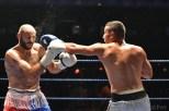 Mohammed Iaribi (Blue) vs Jason Vassello (Red - white gloves)