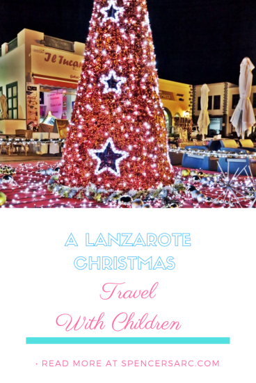 Lanzarote christmas pin, red christmas tree
