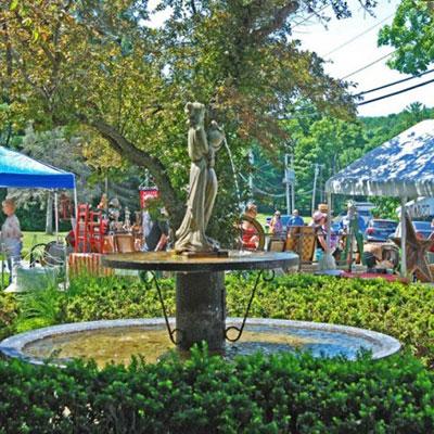 Garden Market on the Green