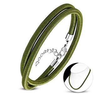 Olivový náhrdelník obtočený lesklou niťou