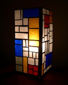 Mondrian lamp - lit up
