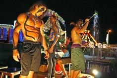 gap-circus-artisti-circensi-birraesound-2014-leverano-trampolieri-facepainting-giocolieri (24)