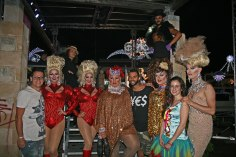gap-circus-artisti-circensi-birraesound-2014-leverano-trampolieri-facepainting-giocolieri (91)
