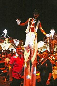 gap-circus-gambalunga-project-birraesound-leverano-2014-facepainting-bodyart-stiltwalker-trampolieri-festa-manifestazione-sputafuoco (12)