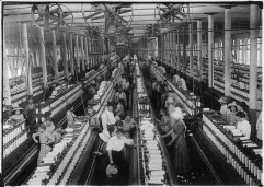 interior_of_magnolia_cotton_mills_spinning_room-_see_the_little_ones_scattered_through_the_mill-_all_work-_magnolia-_-_nara_-_523307