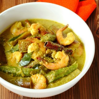 Ladies Fingers and Eggplant Curry with Prawns