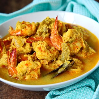 Bengali Coconut Prawn Curry
