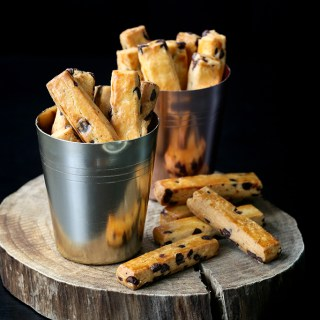 Chocolate Chips Batons