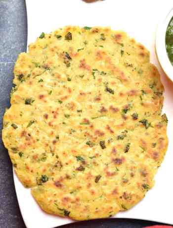 Makki ki Roti, Indian spiced corn tortilla, indian spiced cornmeal flatbread by Spice Cravings