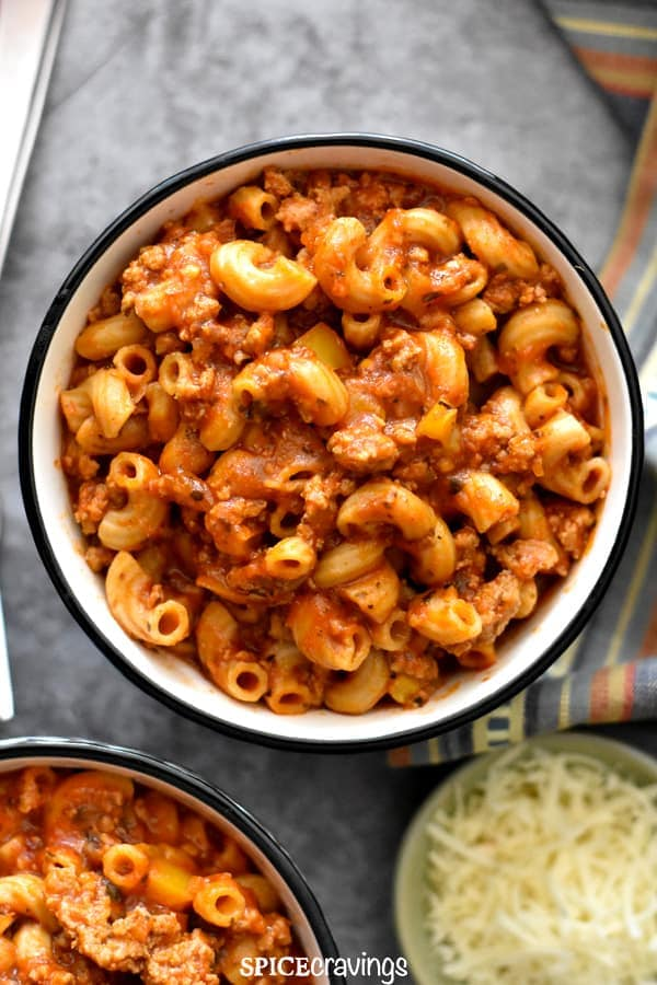 One pot goulash made in the instant pot with ground turkey, pasta and marinara sauce