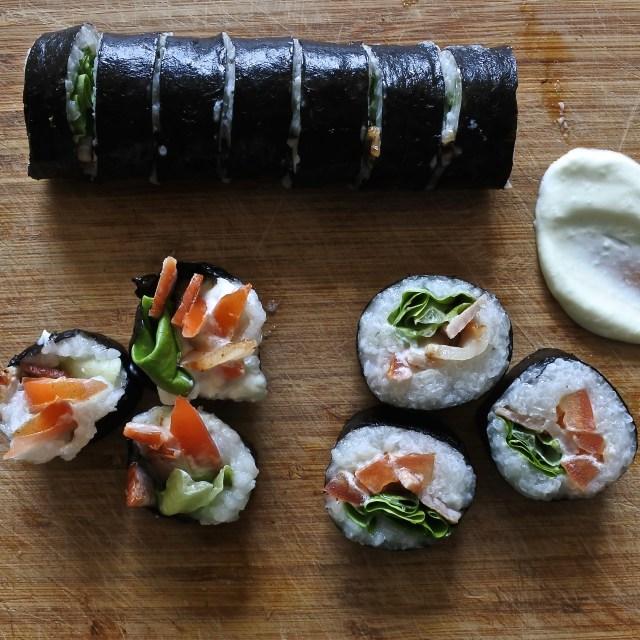 BLT sushi rolls (15)