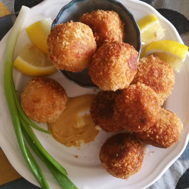 Chicken Cordon Bleu bites (1)