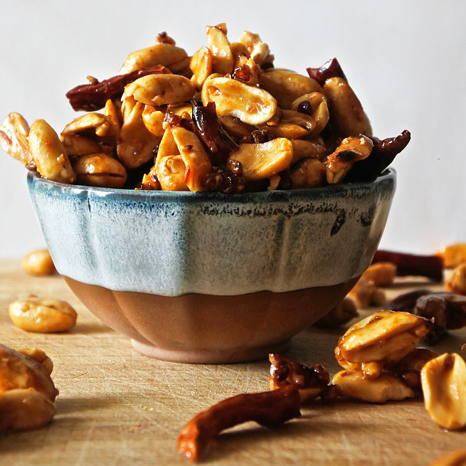 Sweet and Spicy Szechuan Peanuts