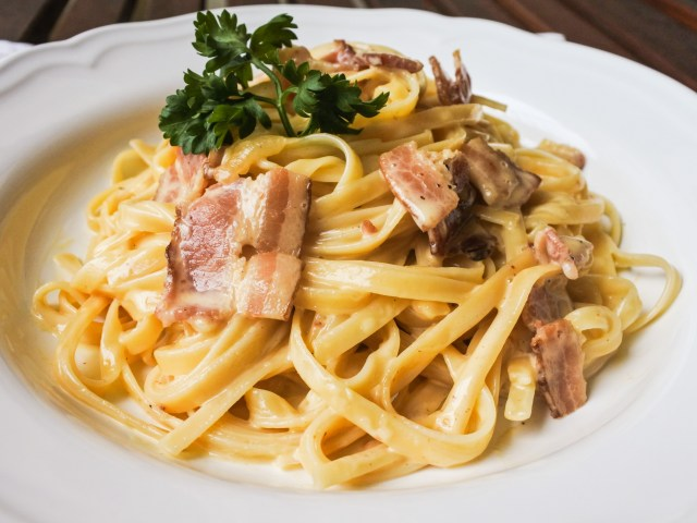 Foolproof Cheesy Carbonara 1