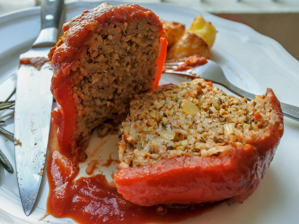 lamb stuffed red bell pepper cut in half