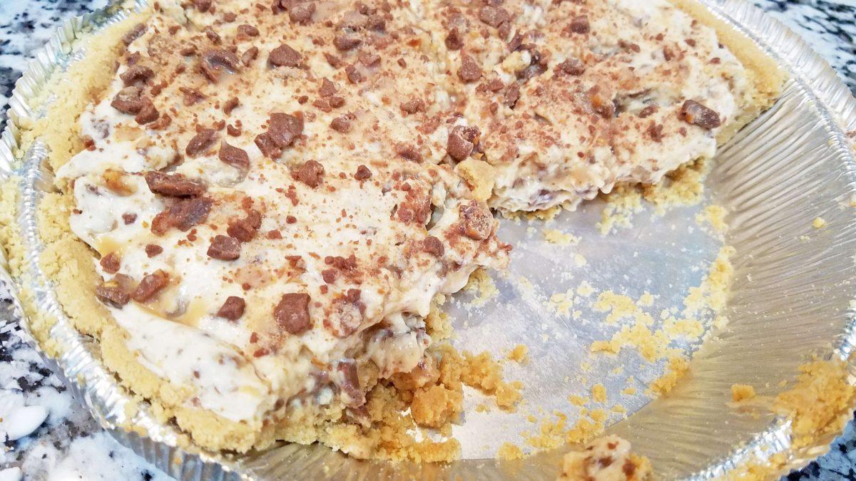 No Bake Toffee Cheesecake Pie
