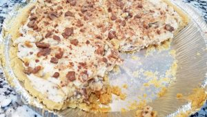 No Bake Toffee Cheesecake Pie