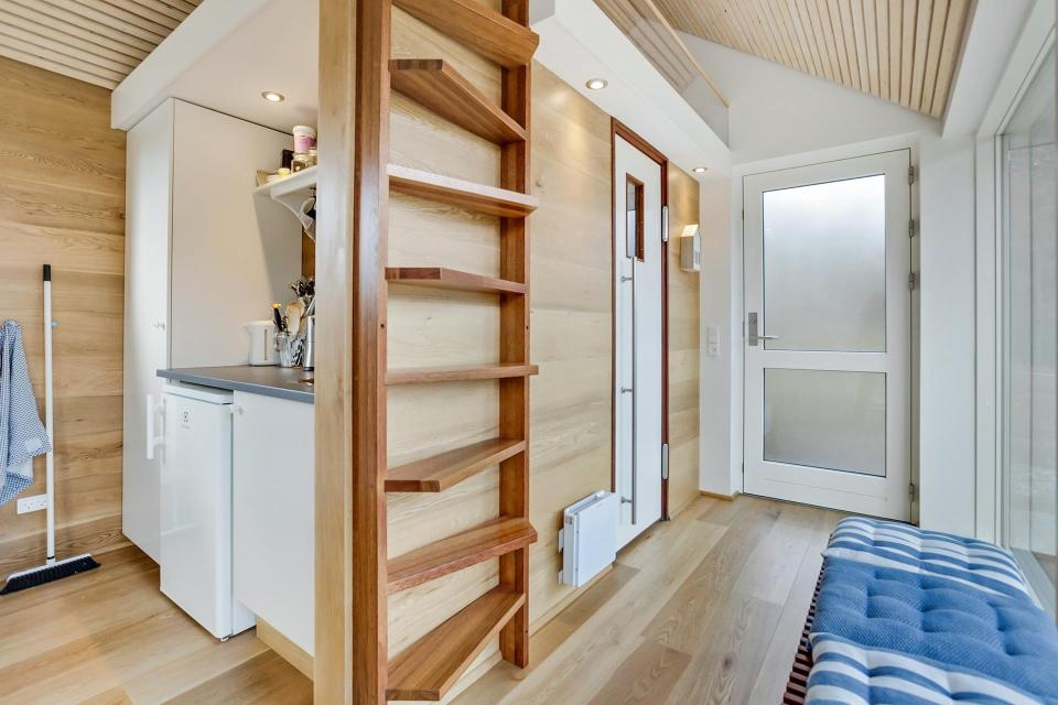 Stairs For Tiny Spaces – Spicyhappy | Modern House Ladder Design | Inside Outside | Metal Balustrade | Loft | Outdoor Balcony | Beautiful