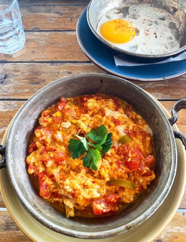 Turkish scrambled egg menemen
