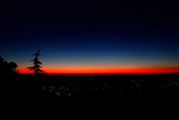 Mussoorie: Tourists flocking to see the beautiful sight of the Winter Line, a rare sight from November to February