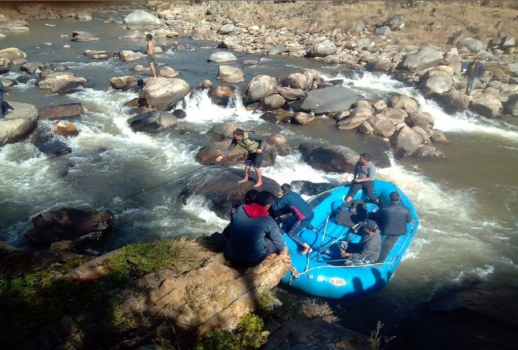 Image result for two-girls-students-died-due-to-drown-in-river dehradun