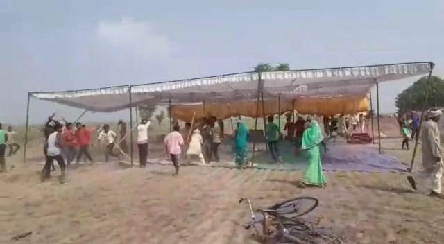 बलिया हत्याकांड में हुई मारपीट