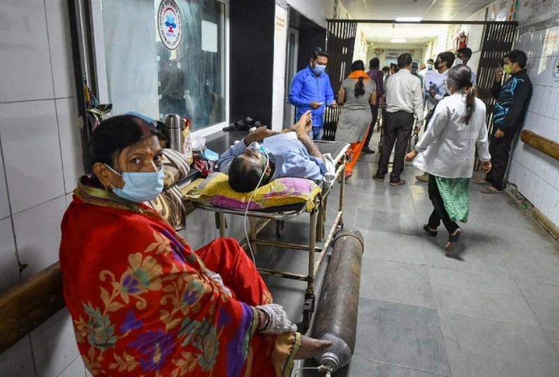 उत्तर प्रदेश के एक अस्पताल की तस्वीर
