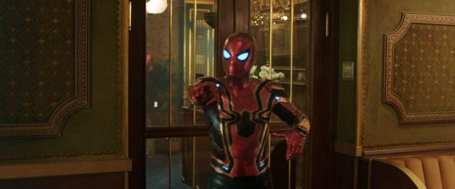 Spider-Man Far From Home - Trailer 2 - 08