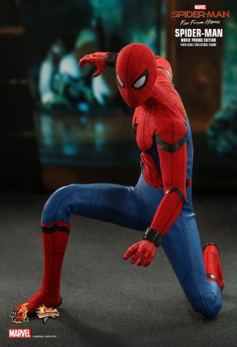 Hot Toys - Spider-Man Far From Home - Spider-Man Movie Promo Edition - 17