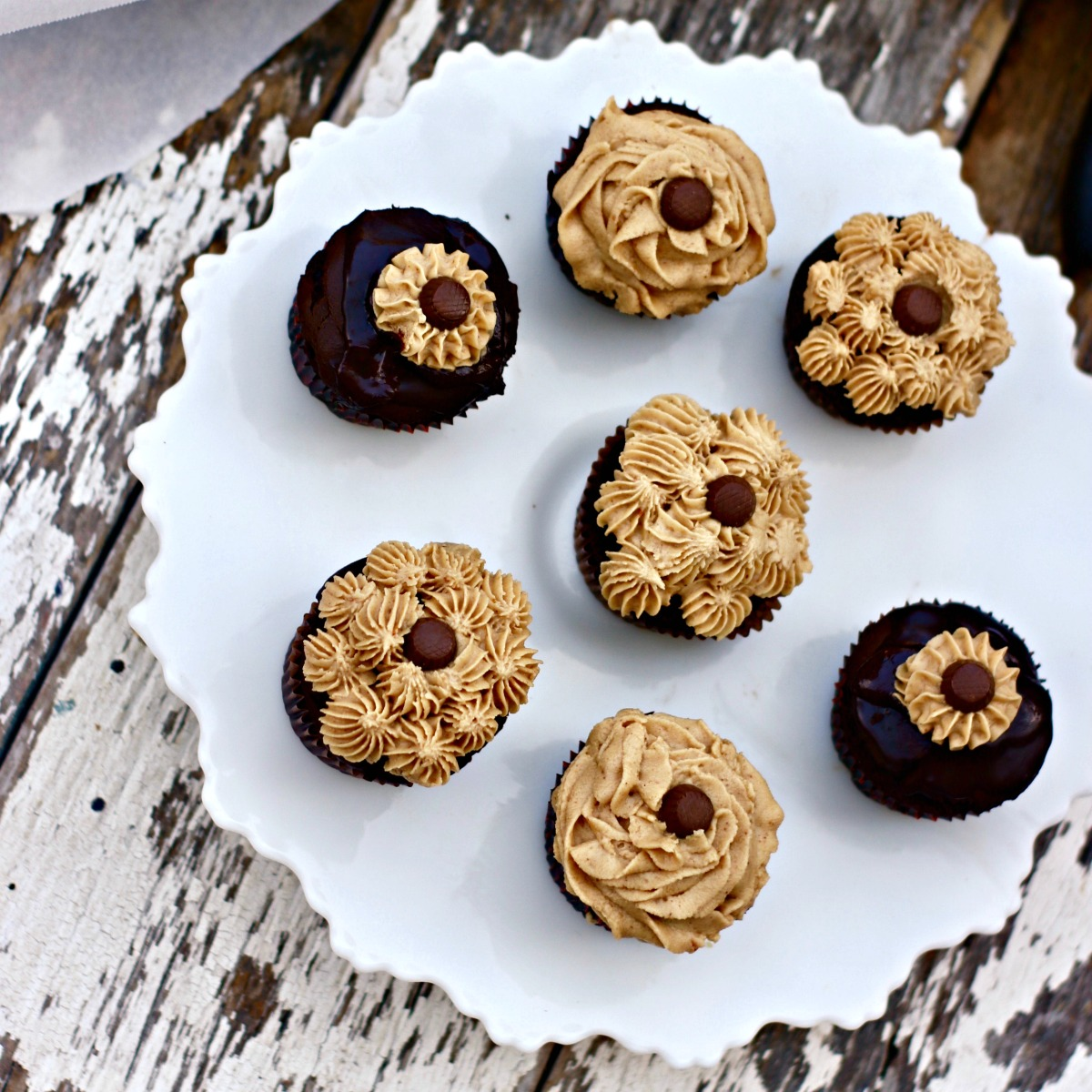 Peanut Butter Filled cupcakes from Spinach TIger
