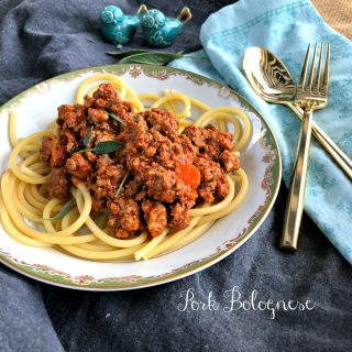 Spaghetti Bolognese Sauce with Pork from Spinach Tiger