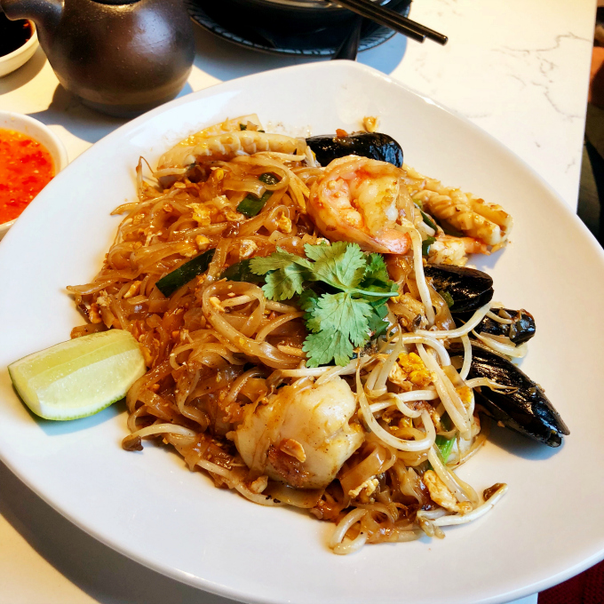 Seafood Pad Thai at the Eastern Peak from Spinach Tiger