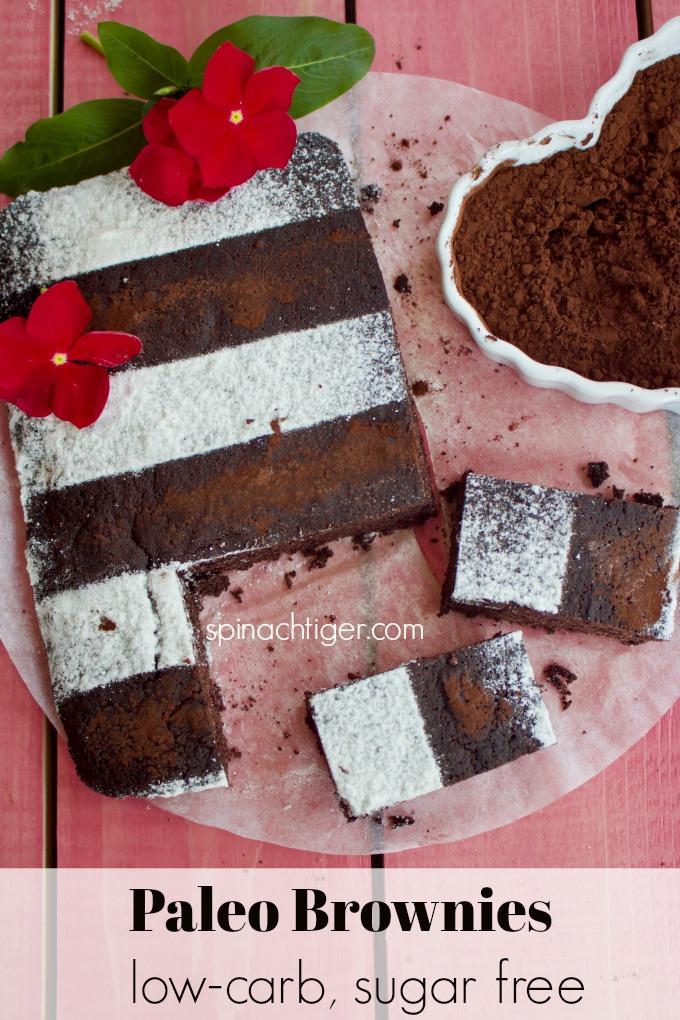 Paleo, Keto Brownies Recipe from spinach Tiger #paleo #chocolate #brownies #keto