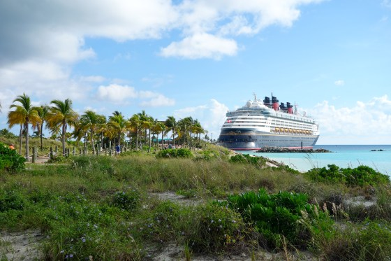 disney-cruise-line-disney-magic-castaway-cay