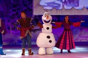 "Olaf im ""Frozen Sing-along"" im Disneyland Paris"