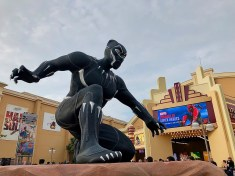 disneyland-paris-marvel-sommer-black-panther