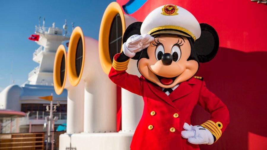 Unsere Erfahrungen mit der Disney Cruise Line - Captain Minnie begrüßt uns auf der Disney Cruise Line - Captain Minnie begrüßt uns auf der Disney Cruise Line