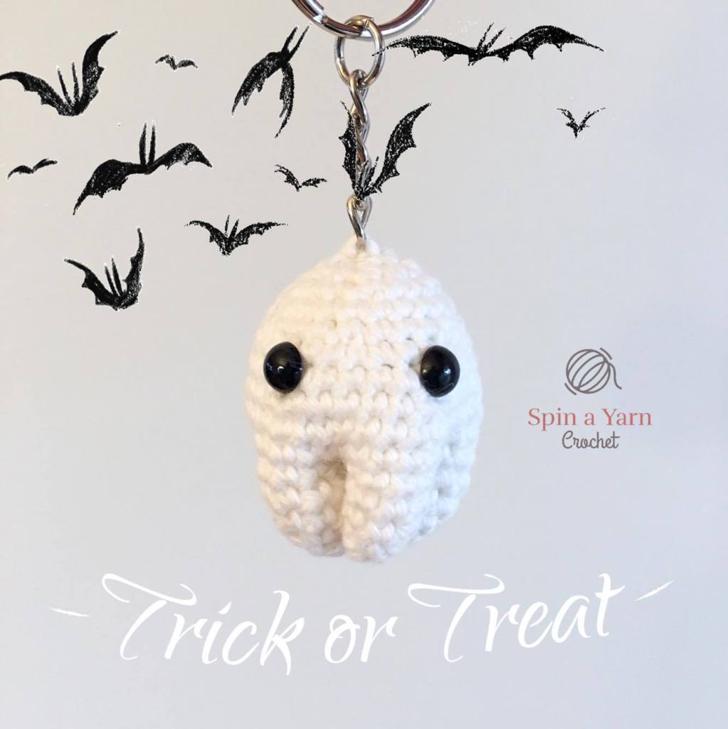 Ghost with bats and Trick or Treat